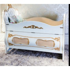 French Wooden Hand Carved Baby Crib With Bed Rail Customized Kid's