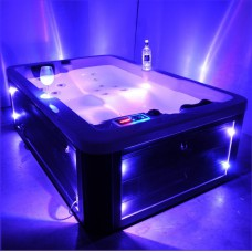 2 adults &1 children outdoor spa hot tub with Led lights